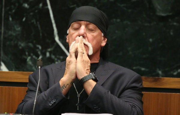 Hulk Hogan testifying in trial against Gawker (Pool Photo via Tampa Bay Times)